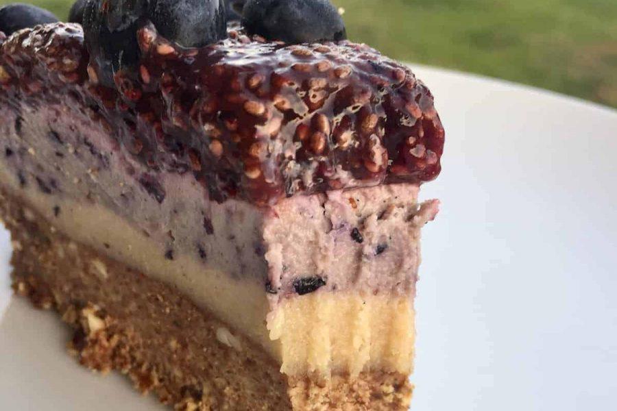 paleo berry cheesecake